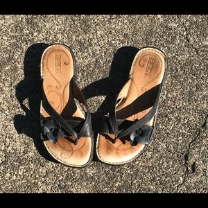 Born sandals leather uppers and linings